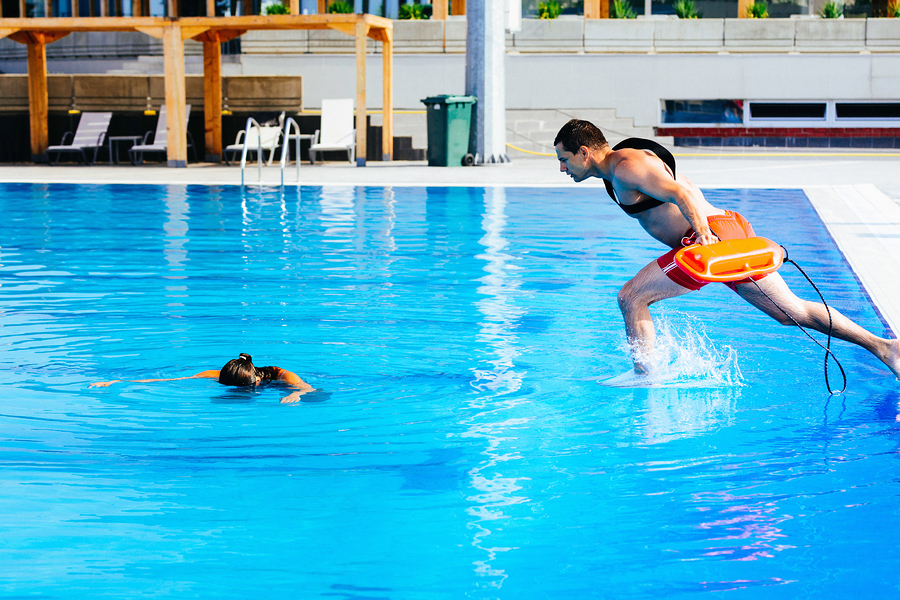 Preventing Public Swimming Pool Accidents in KC This Summer